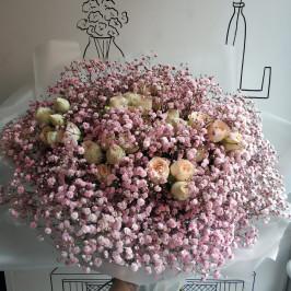 Букет Роз в облаке гипсофилы